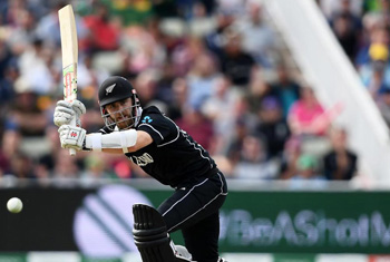 Williamson guides New Zealand to tense victory over South Africa
