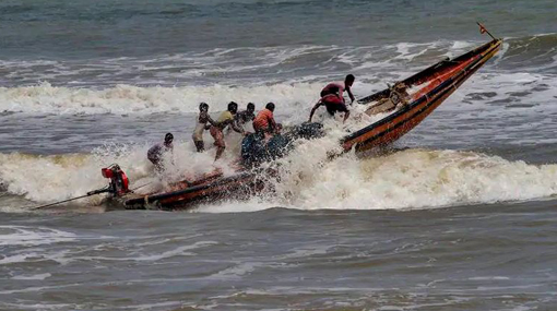 Naval & fishing communities cautioned of rough seas