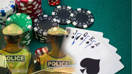 Cops raid gambling den; two injured in clash