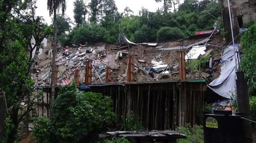 Landslides destroy 10 shops in Ginigathhena; one reported missing