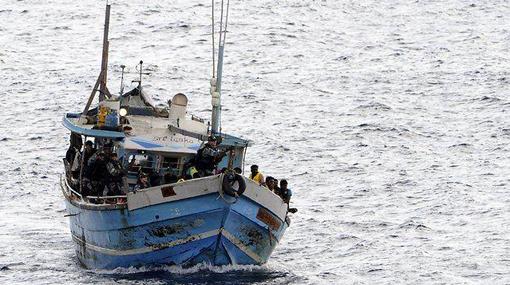 Australia turfs out 20 Lankan asylum seekers to Christmas Island