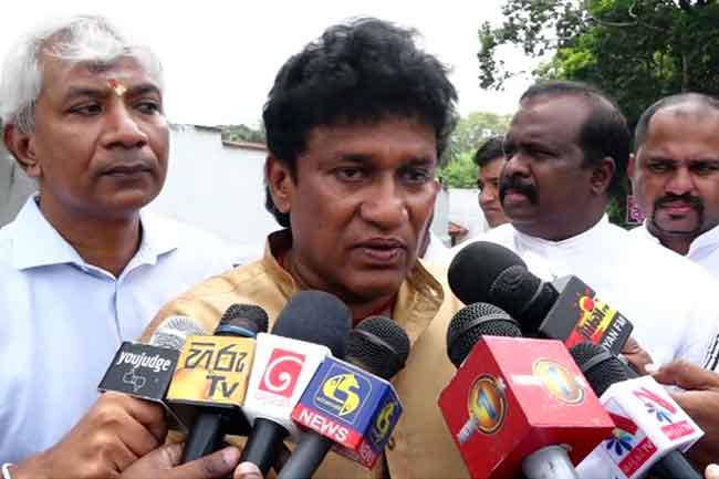 Inmates from 'LTTE era' must be released before ending 'Zahran era' - Mano