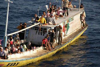 Asylum seekers sent home after refusing Nauru