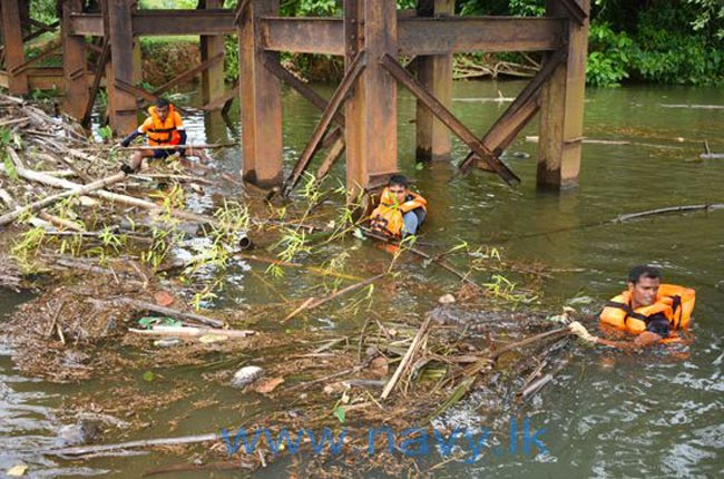 Navy pre-plans to counter floods