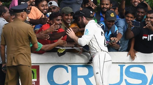 Kane Williamson celebrates birthday with Sri Lankan fans