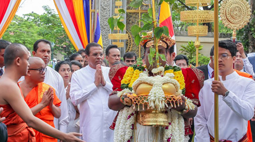 SL-Cambodia must join hands to spread Theravada Buddhism teachings - President