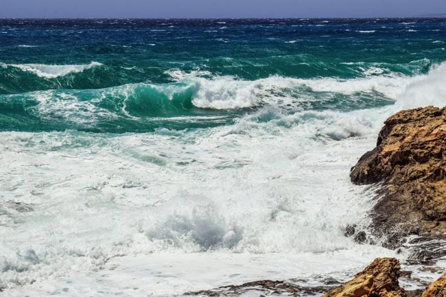 Strong wind and rough seas expected