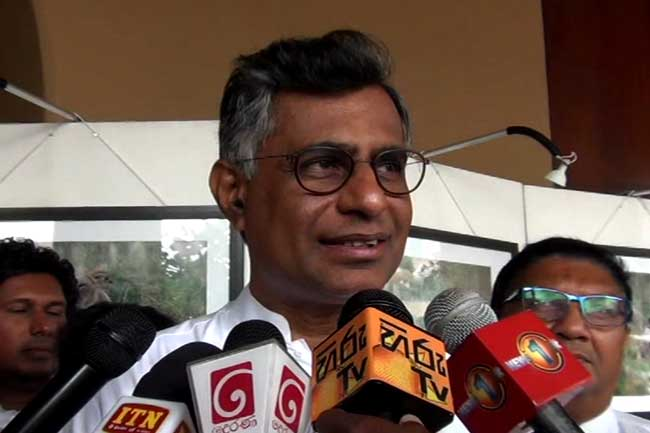 UNP given deadline to resolve issues - Champika