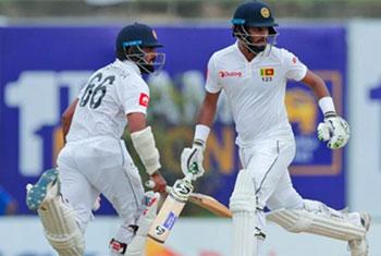 Sri Lanka opt to bat in second Test