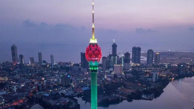 Lotus Tower open to public after one week