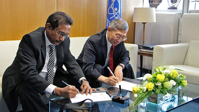 Sri Lanka and IAEA sign Country Programme Framework for 2019-2025