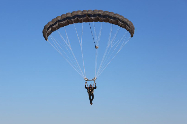 Army soldier dies in parachute accident during training