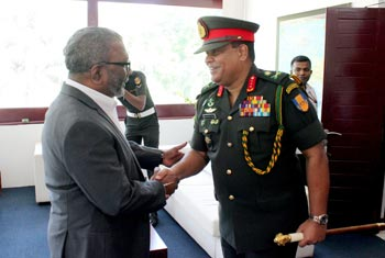 Army Chief and Raghavan discuss North land release