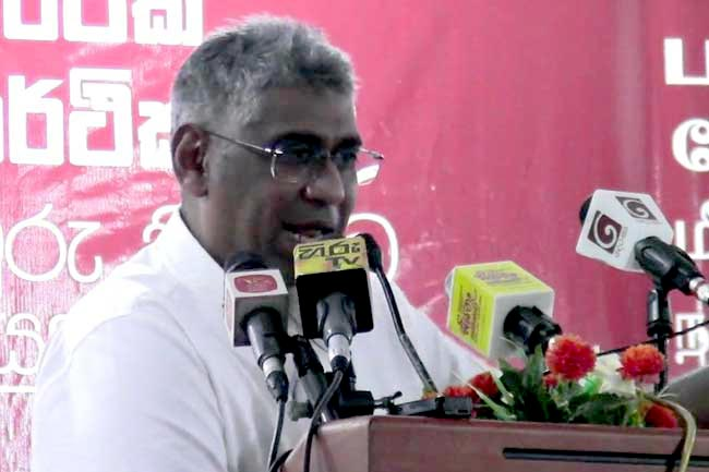 Minority Muslims should be with the Majority Sinhalese - Faiszer