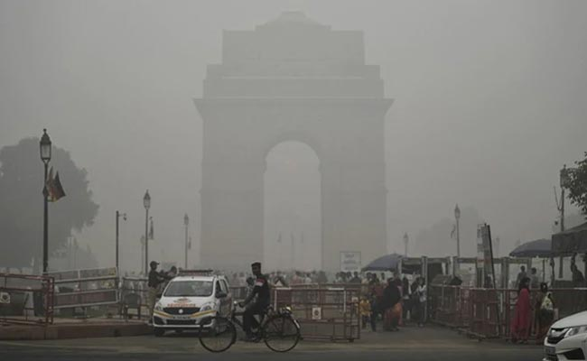 Colombo air pollution level doubles due to Delhi toxic smog