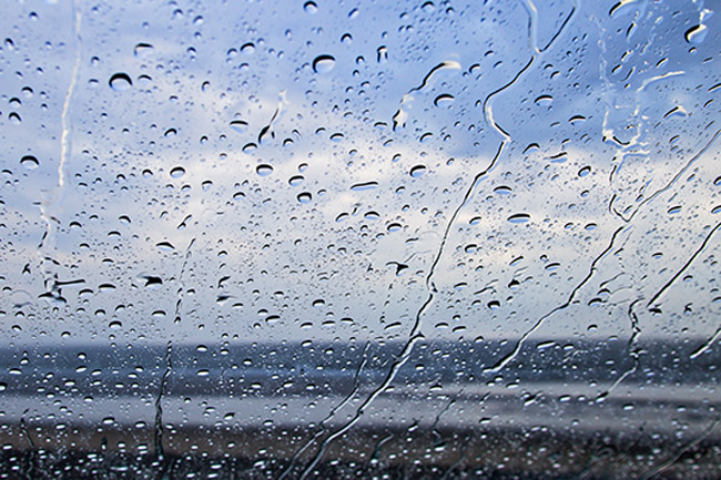 Showers possible in sea areas from Puttalam to Hambantota