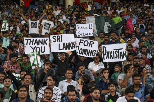 Test cricket returns to Pakistan after a decade as SL confirm series in Dec