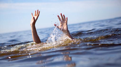 One dead, two missing after boat capsized in Kinniya