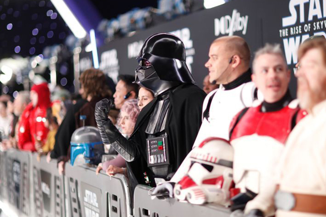 Hollywood celebrates closing 'Star Wars' chapter at world premiere