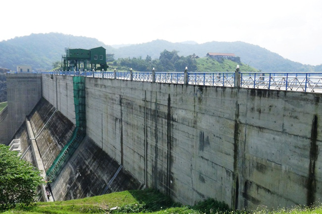 Leak in Moragahakanda Reservoir dam fixed completely, officials say