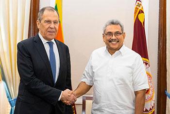 President meets top diplomats...