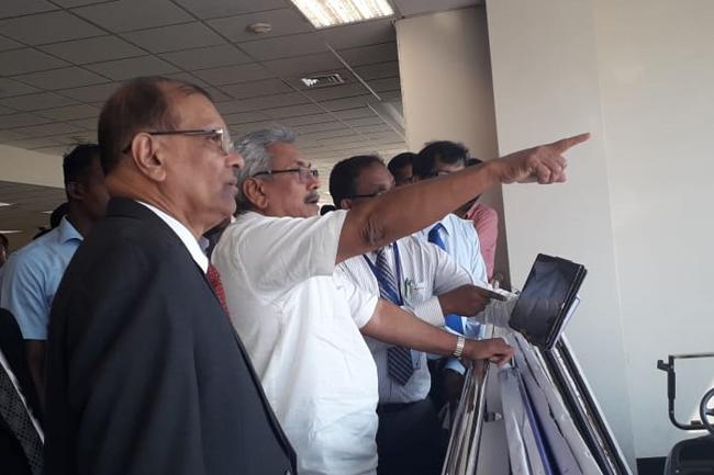 President inspects Katunayake Airport...