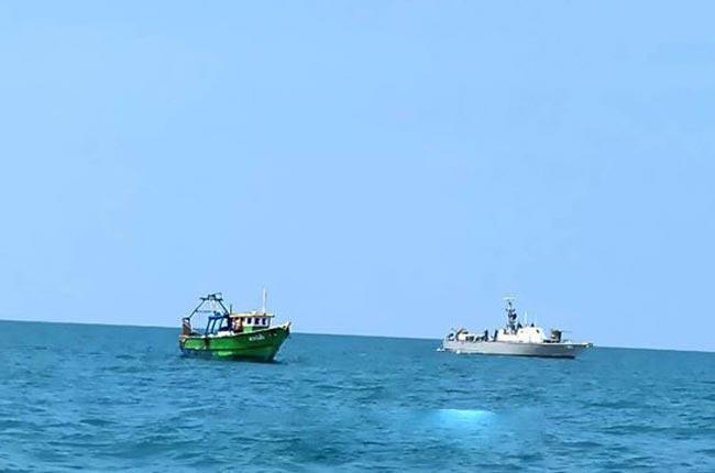 Four Indian fishermen arrested