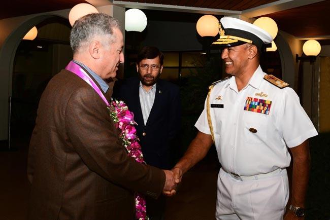 Chief of Pakistan Naval Staff arrives in Sri Lanka