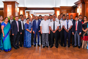 SriLankan crew which repatriated students in Wuhan felicitated...