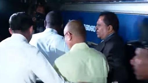 Udayanga Weeratunga admitted to Prisons Hospital