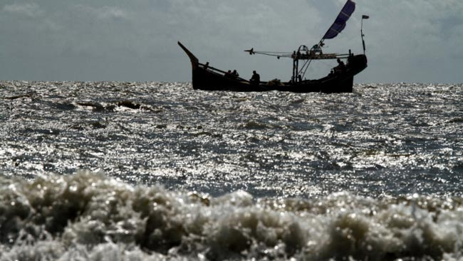 24 Sri Lankan fishers jailed in Bangladesh