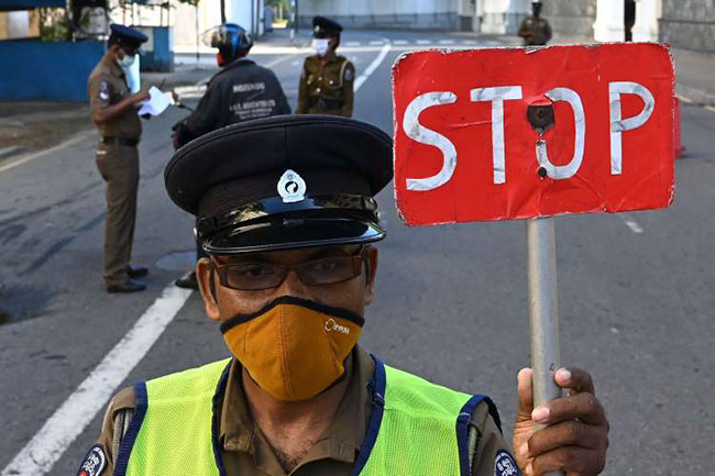 Over 10,000 arrested for violating curfew in Sri Lanka