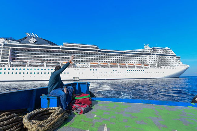 Navy takes charge of Sri Lankan aboard cruise ship