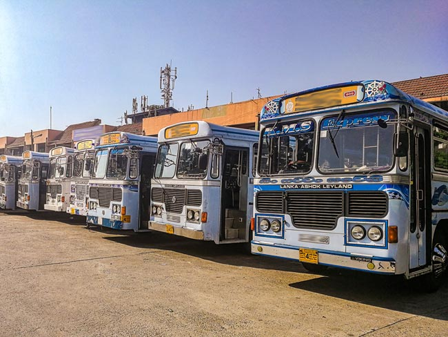 Rs 5000 allowance for private bus drivers, conductors