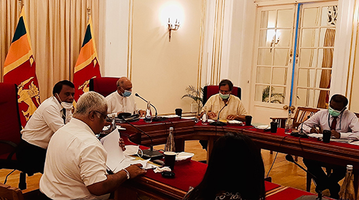 Foreign Ministry, SLBFE explore possibilities to assist Sri Lankan migrant workers