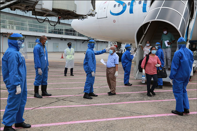 Another group of Sri Lankans return from Russia