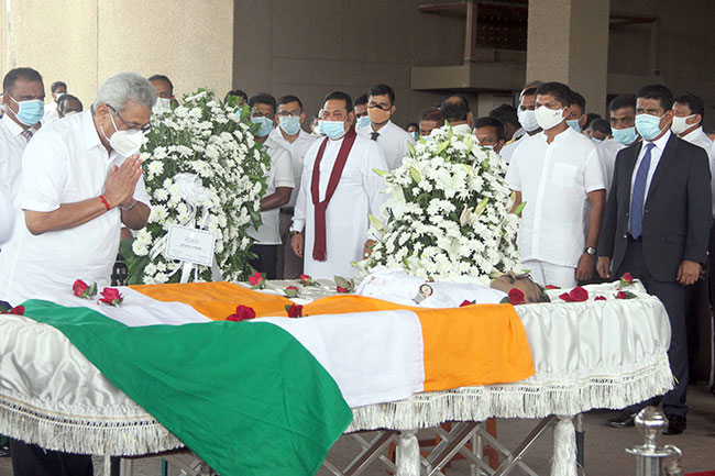 President pays last respects to late Minister Thondaman