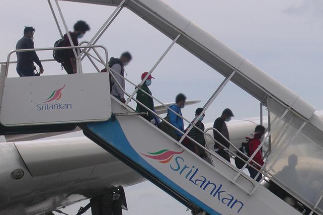 Flight returns with 236 Sri Lankans in Germany