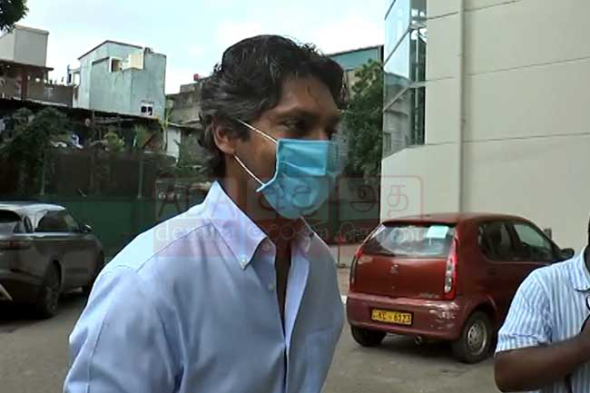 Sangakkara arrives at Sports Ministry's SIU to record statement