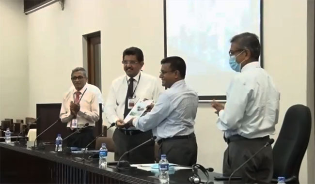Healthcare guidelines for the Parliament handed over
