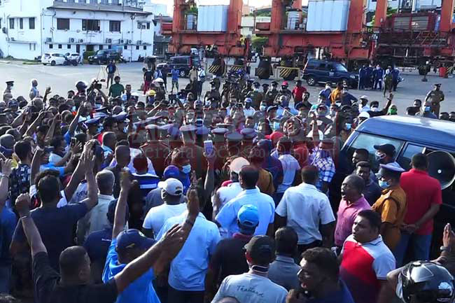 Operations of Colombo Port at standstill as trade union action continues