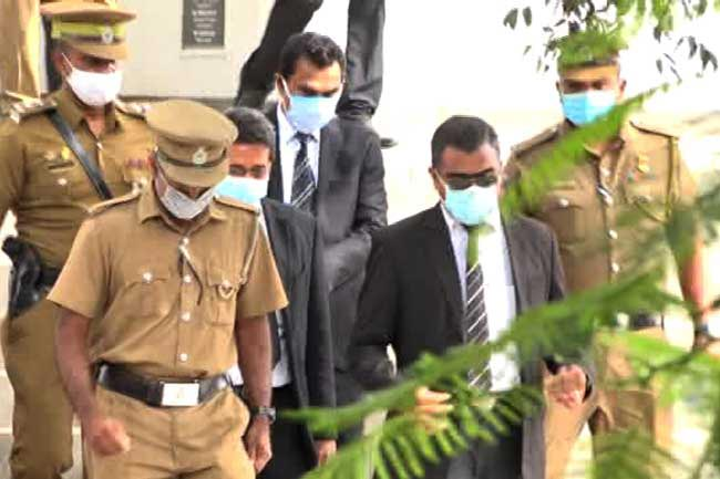 Negombo SP Sampayo contradicts police statement on his arrest