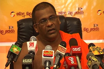 "VIDEO:  ""Who am I to give orders to the army?"" - Gnanasara Thero"