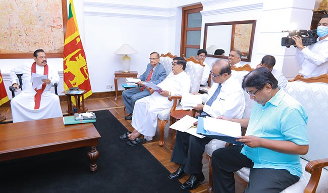 Committee appointed on 20th amendment hands over report to PM