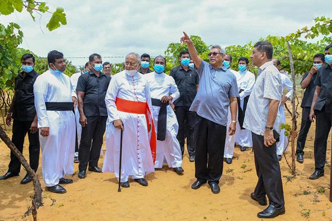 President inspects developmental projects in Puttalam