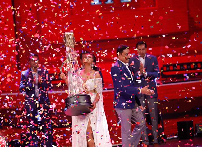 Falan Andrea becomes new Derana Dream Star