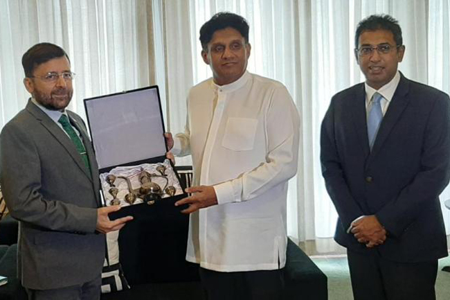 Sajith calls on Pakistani High Commissioner