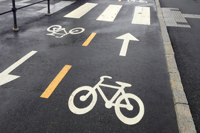 Plans afoot to construct cycling path from Colombo Port City to Diyatha Uyana
