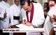 PM Mahinda Rajapaksa pays final respects to actor Tennyson Cooray