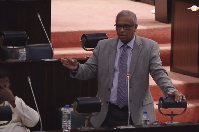 Sumanthiran urges MPs not to go in 'reverse gear' in direction of autocracy